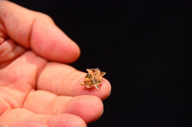 self-folding-origami-robot-MIT-2