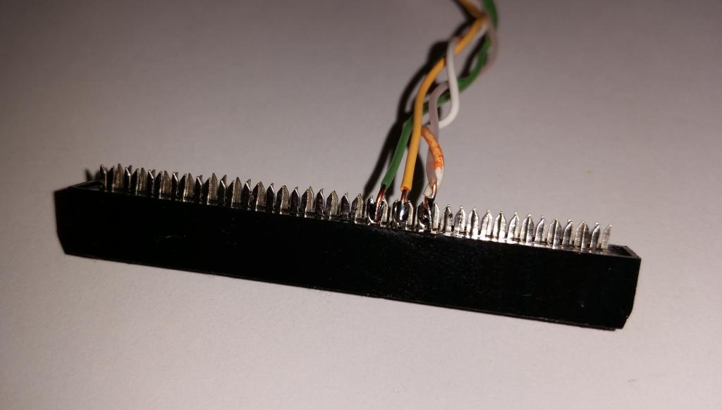 Off-The-Shelf Hacker: Run a Slide Deck from the Raspberry Pi
