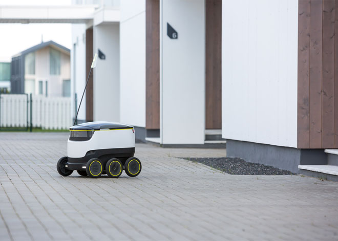 starship-technologies-delivery-robot-2