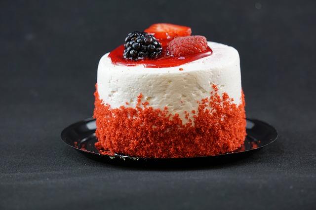 cake-906263_640
