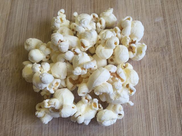 popcorn-877075_640