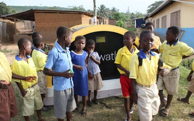 watly-solar-powered-computer-water-purifier-wifi-4