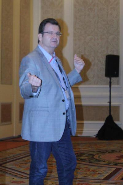HPE VP/GM Moonshot / IoT / Edgeline Business Unit Dr. Tom Bradicich