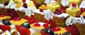 cakes-cream-delicious-confectionery-47734