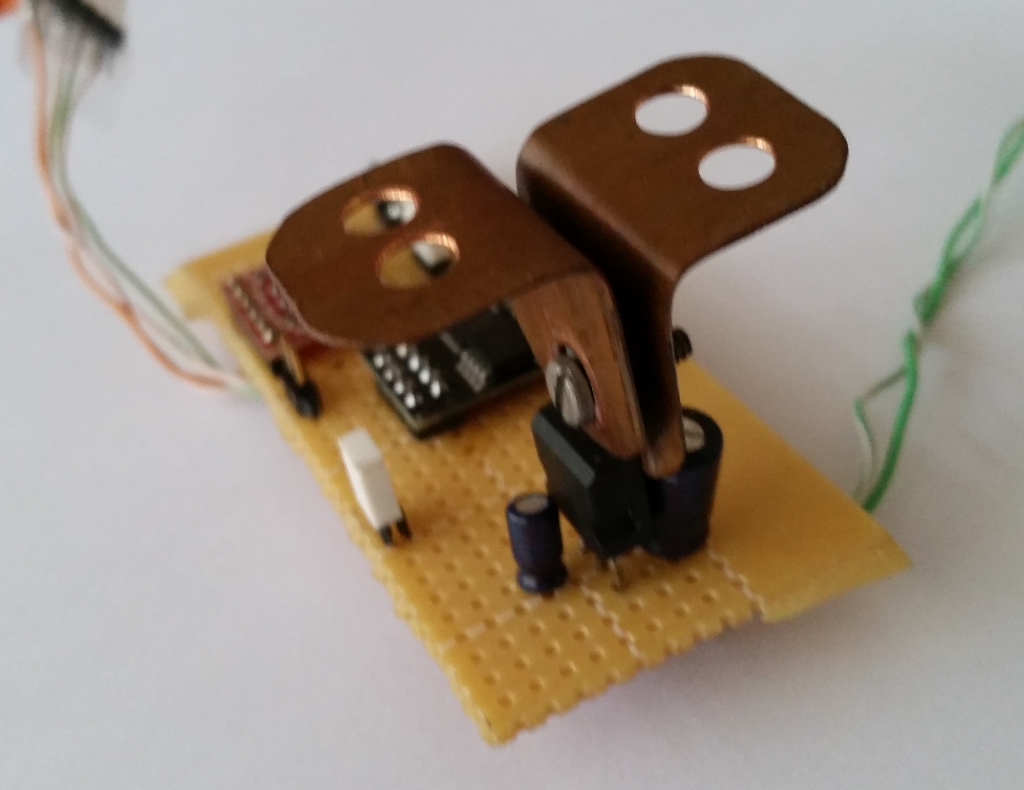 Recycled Copper Bracket As A Heat Sink For The 3.3 Volt Regulator