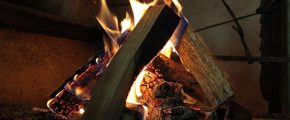 wood-fire-402203_640
